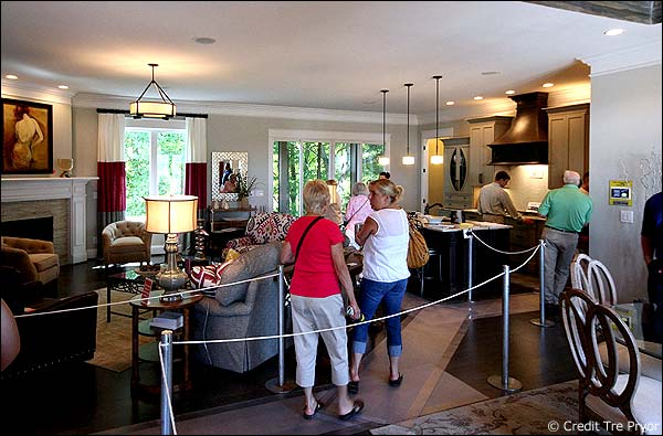 Louisville homearama 2015 is announced. See photo of 2014 house.