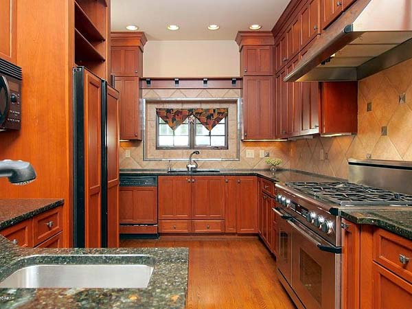 Photo Of Kitchen Remodeling Ideas #3 With Larger, Richer Backsplashes