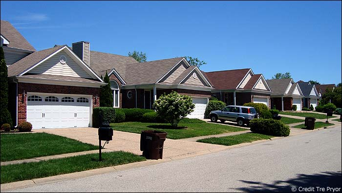 Photo of homes in Indian Springs Louisville KY