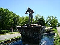 Photo of indian statue in Indian Springs Louisville Kentucky