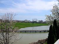 Photo of lake in Lake Forest Louisville Kentucky